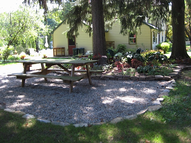 outdoor patio ideas on pea gravel patio pea gravel and flagstone